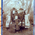 Семья Парисина Федора Семеновича, с.Поляны Весьегонского уезда1.jpg